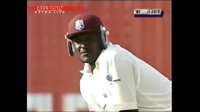 Anil Kumble bowling with a BROKEN JAW, He puts his Country before PAIN (reddit) GIFs