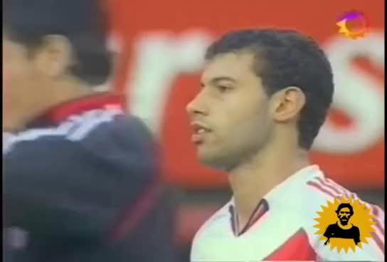 Watch Boca 2005 GIF on Gfycat. Discover more boca, gallinas, juniors, son GIFs on Gfycat