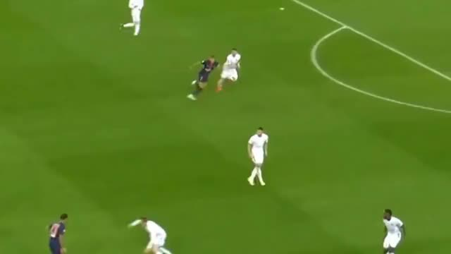 Watch and share Phantom Pace GIFs and Sports GIFs by FIFPRO Stats on Gfycat