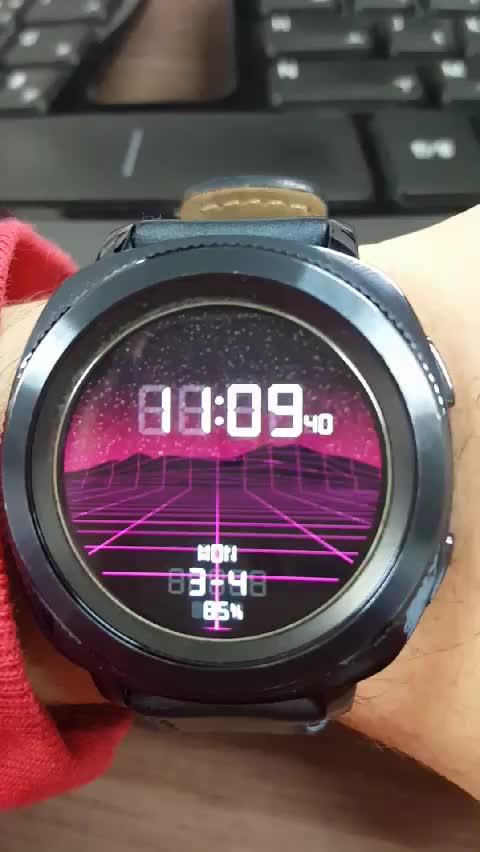 Outrun Samsung Gear Watch Face GIFs