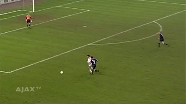 Watch Shota Arveladze Ajax GIF by @kevinsuave on Gfycat. Discover more AFC Ajax (Football Team), AjaxDaily, Shota Arveladze (Football Player) GIFs on Gfycat