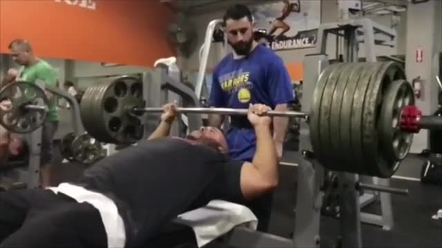 Watch 635 lb raw bench. No hand off, no belt, no wraps. (reddit) GIF on Gfycat. Discover more powerlifting GIFs on Gfycat