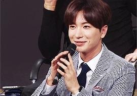 150809, ^^, king of mask singer, leeteuk, super junior, tkgif, Leeteuk as a celebrity judge on King of Mask Singer  GIFs