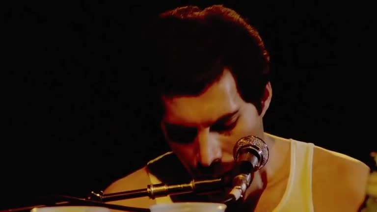 freddie mercury, music, queen, Queen - Somebody To Love - HD Live - 1981 Montreal GIFs