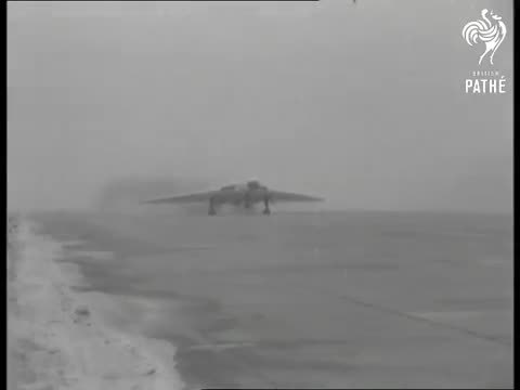 WarplaneGfys, warplanegfys, Vulcan bombers of the famous 617 'Dambusters' squadron carrying the Blue Steel standoff nuclear missile. (reddit) GIFs