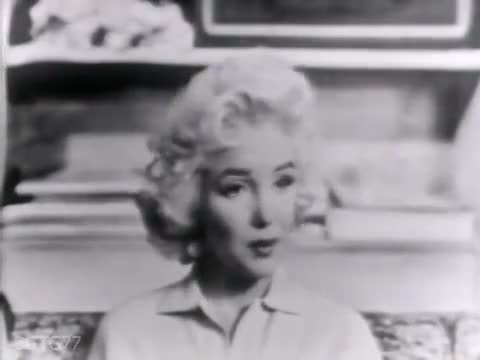 Watch and share Marilyn Monroe GIFs and Norma Jeane GIFs by Cindy Bustillos on Gfycat