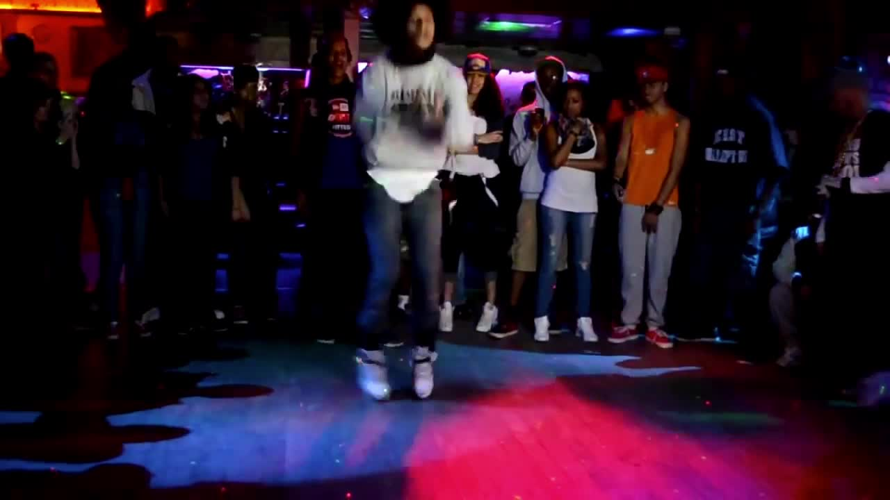 GIF Brewery, les-twins-dancing-in-the-club,  GIFs