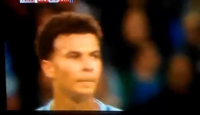Dele Alli gives someone the finger!
