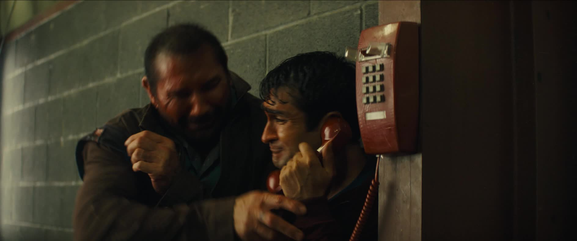 dave bautista, kumail nanjiani, ok, phone, stop, stuber, stuber movie, telephone, Give Me The Phone GIFs