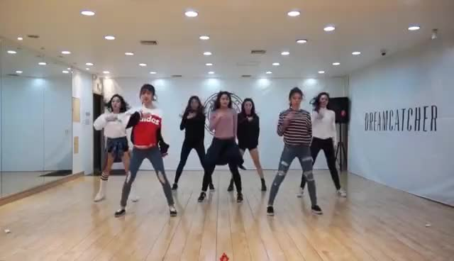 Watch and share Dreamcatcher(드림캐쳐) Chase Me 안무연습 영상(Dance Practice Video) GIFs on Gfycat