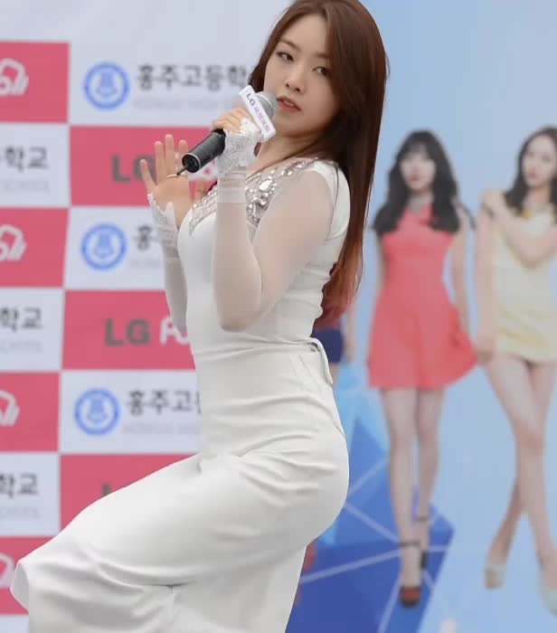 Watch and share Girl's Day MinAh 걸스데이 민아4 GIFs by koreaactor on Gfycat