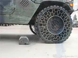 airless tire : oddlysatisfying GIFs