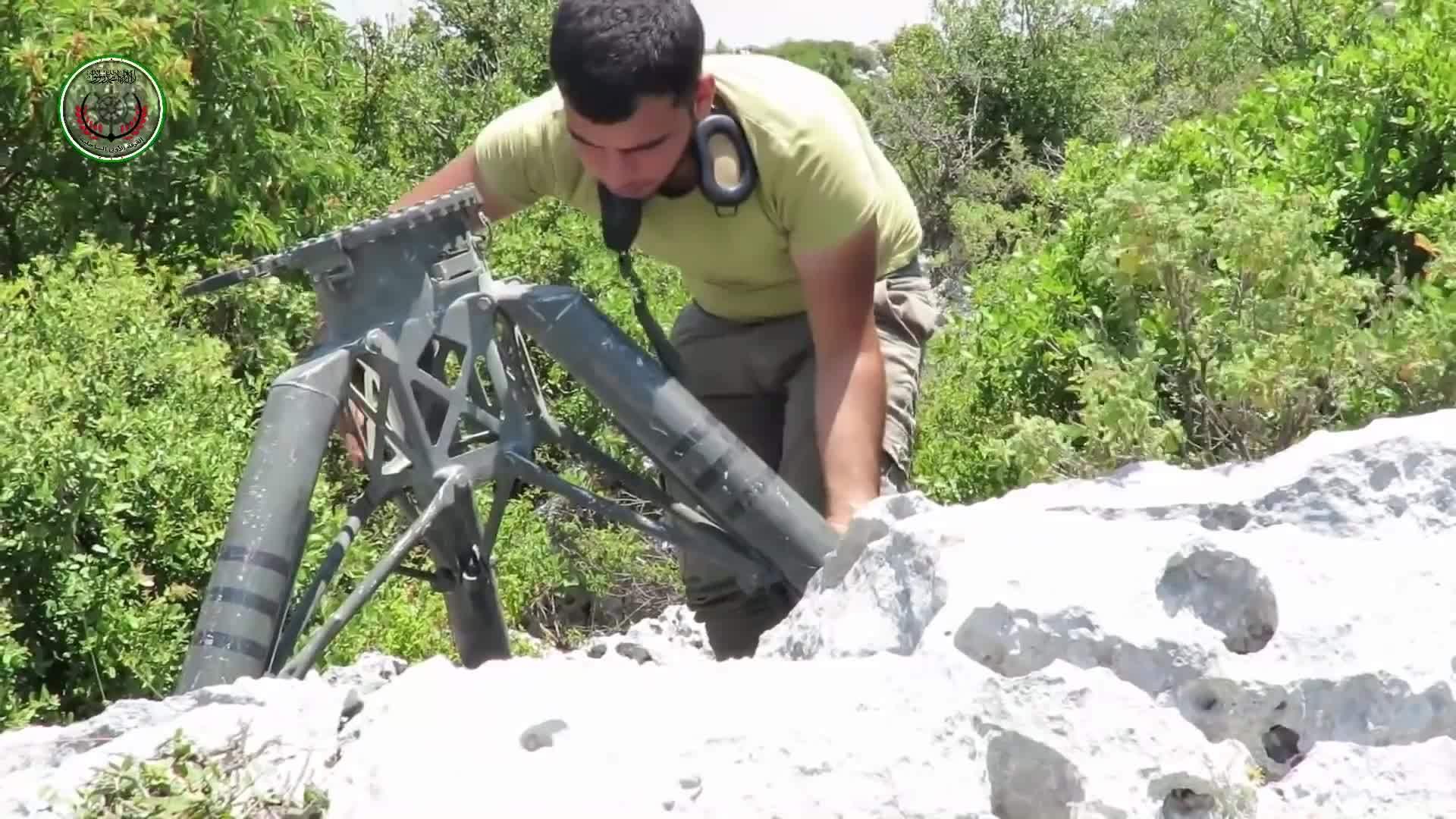 MilitaryGfys, mmmmmmmmmmmmmmmmmm, Assembling a TOW Jaish al Fatah North of Latakkia July 2016 GIFs