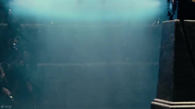 Watch Amazons vs Steppenwolf | Justice League (2017) Movie Clip GIF by @diamondlucius on Gfycat. Discover more Batman, Ben Affleck, Ezra Miller, Gal Gadot, Henry Cavill, Justice League, Justice League 2017, Superman, The Flash, Wonder Woman GIFs on Gfycat