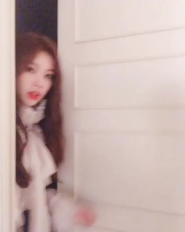 Watch and share Produce48 GIFs and Hyewon GIFs by TimShin on Gfycat