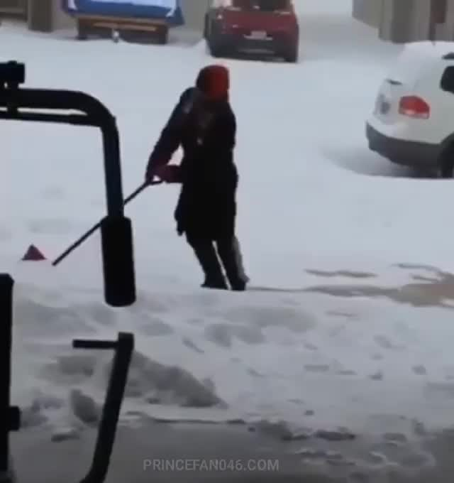 Watch and share Slippery Sidewalk GIFs and Snow Shoveling GIFs by Cindy046  on Gfycat