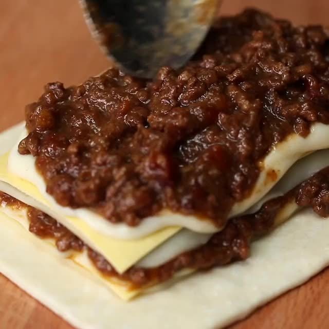 Watch Lasagna Pop Tarts GIF by @crushcastles23 on Gfycat. Discover more related GIFs on Gfycat