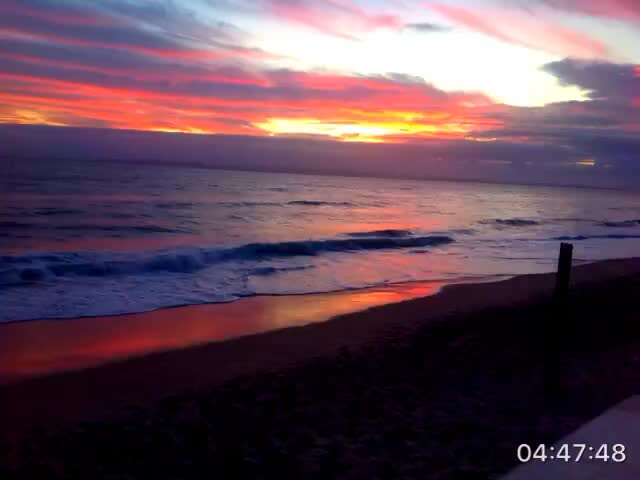 Watch and share Aussie Sun Rise GIFs by danglingchad on Gfycat