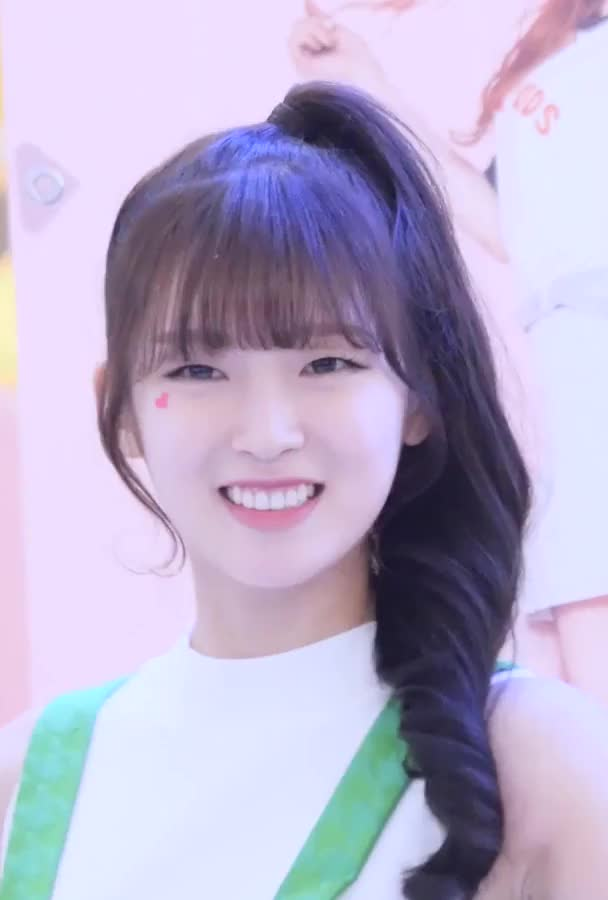 Watch Oh My Girl - Arin GIF by Dang_itt (@dang) on Gfycat. Discover more related GIFs on Gfycat