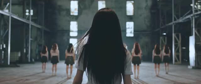 """Watch and share [Teaser] 이달의 소녀 (LOONA) """"favOriTe"""" GIFs by fishsoul on Gfycat"""