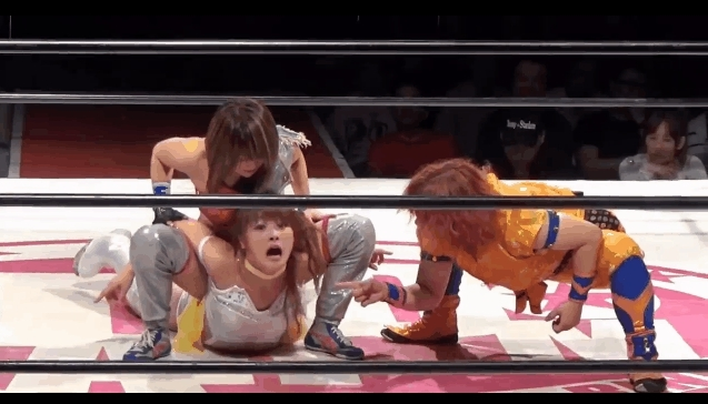 stardomjoshi, Kaori Yoneyama and Hiromi Mimura gang up on Maki Natsume GIFs