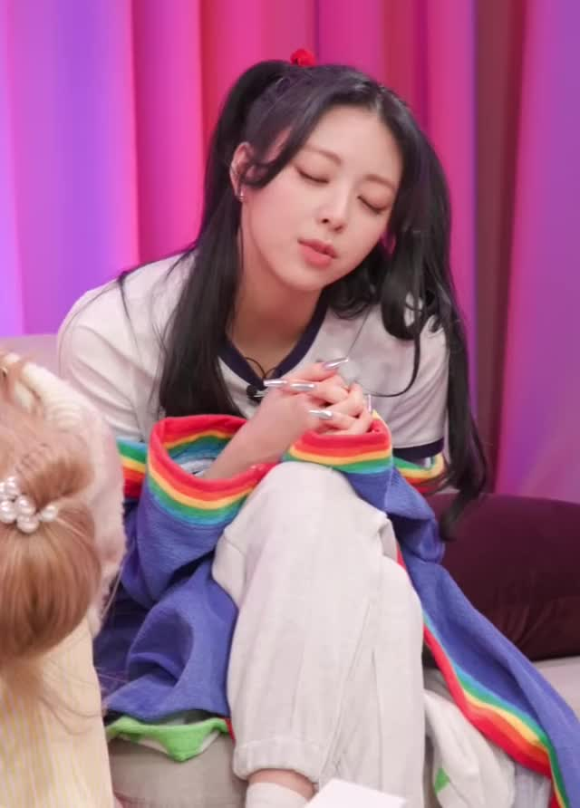 Watch and share A Yuna [youtube@icjg9VRk6mo]-4 GIFs by Mecha熊 ✔️  on Gfycat