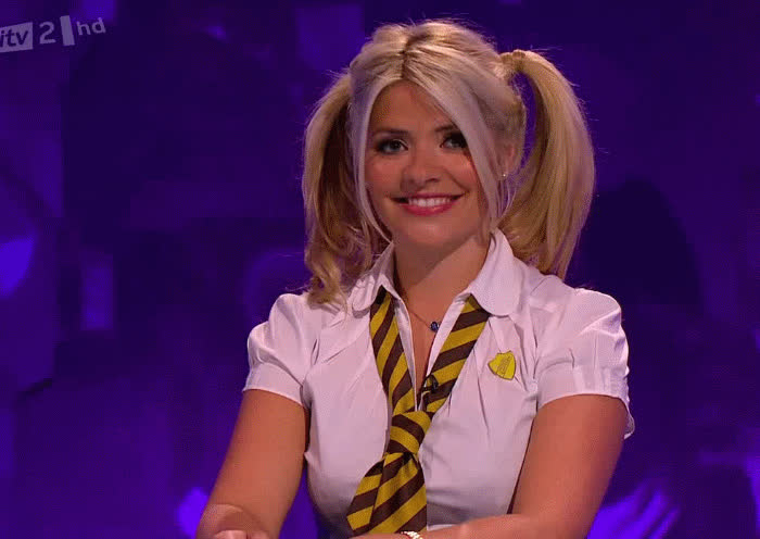 CelebrityHands, TheHollyWilloughby,  GIFs