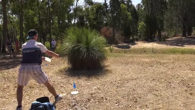 Watch 2017 Aussie Open - Ricky par save after OB, from DZ, ~70ft putt - Round 1, hole 17 (Jomez, SpinTV) GIF by Ultiworld Disc Golf (@ultiworlddg) on Gfycat. Discover more dgwt, disc golf, disc golf world tour GIFs on Gfycat