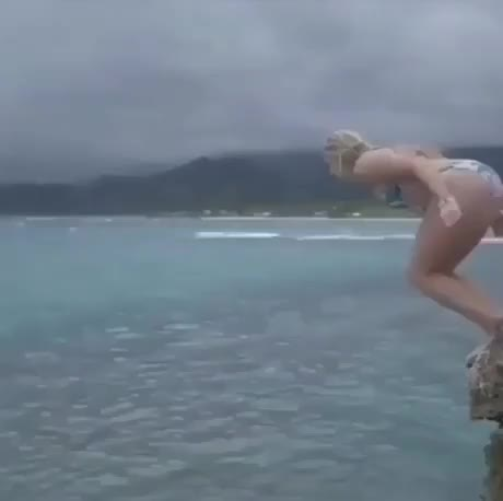 Watch salto GIF by Humordido (@humordido) on Gfycat. Discover more related GIFs on Gfycat