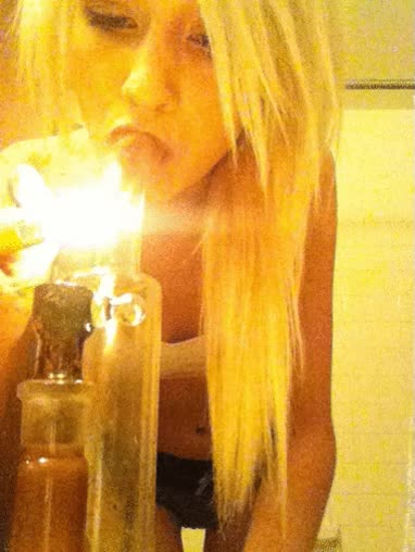Watch fyeahstonergirls bubbler rips gif GIF on Gfycat. Discover more related GIFs on Gfycat