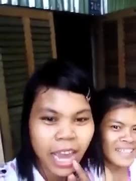 """Watch and share Cô Gái Quận Cam Gây Sốt """" Chào Bé Lê Văn Đạt """" -  Thành Đạt Trip GIFs on Gfycat"""
