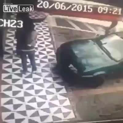 JusticeServed, instant_regret, pussypassdenied, Don't sit on other peoples cars (reddit) GIFs