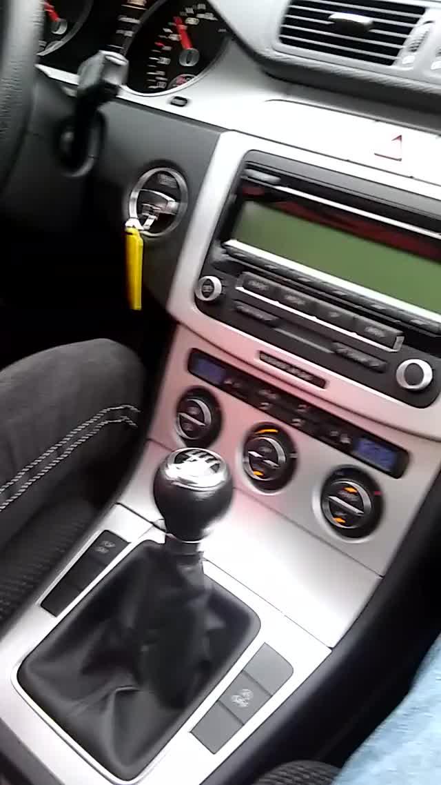 Watch and share VW Passat Geräusch GIFs by sabine_m on Gfycat