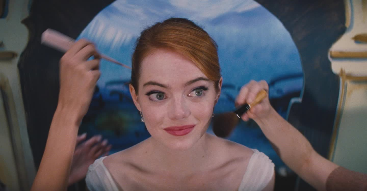 awardshows, emma stone, la la land, lalaland, lionsgate, makeup, movies, prep, Getting dolled up - Emma Stone GIFs