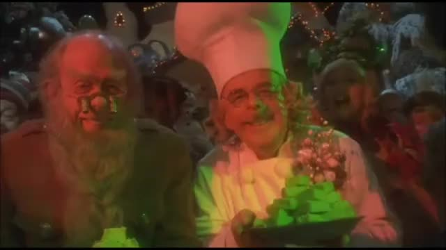 How the Grinch Stole Christmas: Feeding the Grinch Best, Jim, Carrey, Funny, Comedy, Comedian, Scene, Movie, Grinch, Mask, Dumb, Dumber, Popper's, Penguins, Batman, Forever, Ever, Humor GIF