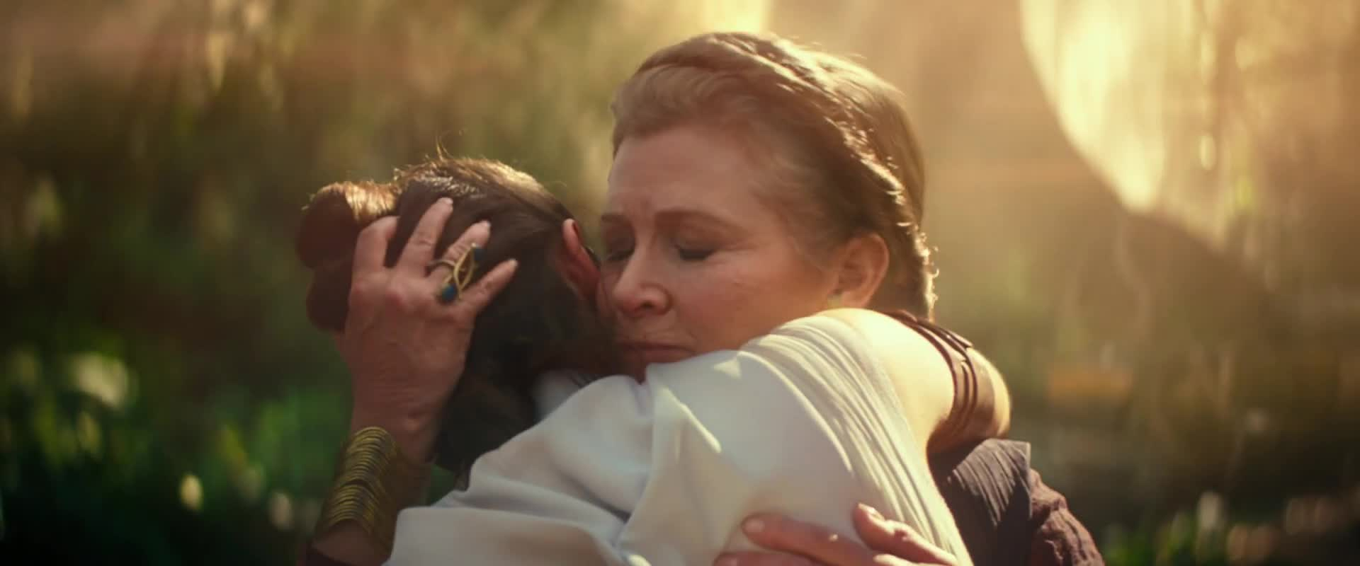daisy ridley, hug, rey, star wars, star wars episode 9, star wars the rise of skywalker, the rise of skywalker, Star Wars Episode IX – Teaser GIFs