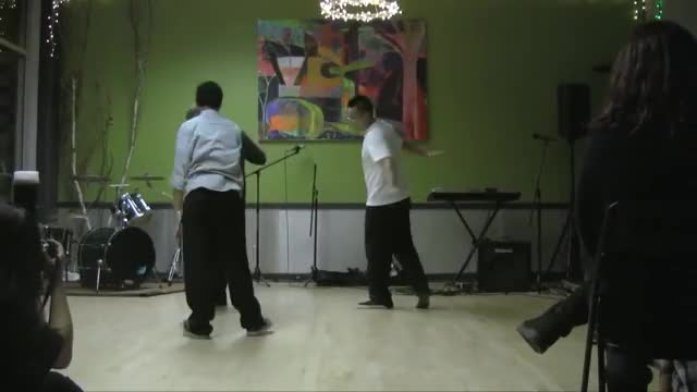 Popping Performance - Dnoi & Russel & Chuckie