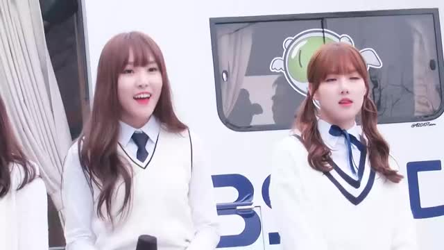 Watch and share 여자친구 GIFs on Gfycat