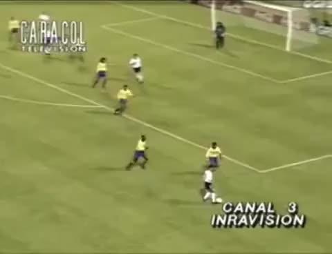 Watch and share El Escorpion De Rene Higuita Contra Inglaterra En Wembley GIFs on Gfycat