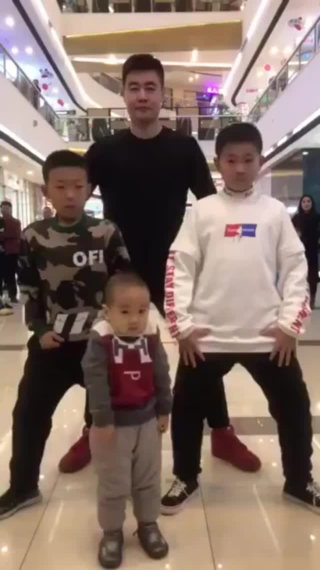 Watch and share Dancing GIFs and Dance GIFs by Yusuf on Gfycat