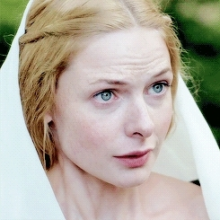*elizabeth woodville, elizabeth woodville, i love this scene so much, perioddramaedit, rebecca ferguson, she's such a cutie, stuff: mine, the dialogue is so good and elizabeth looks gorgeous, the white queen, twqedit, but i don't forget and i don't forgive GIFs