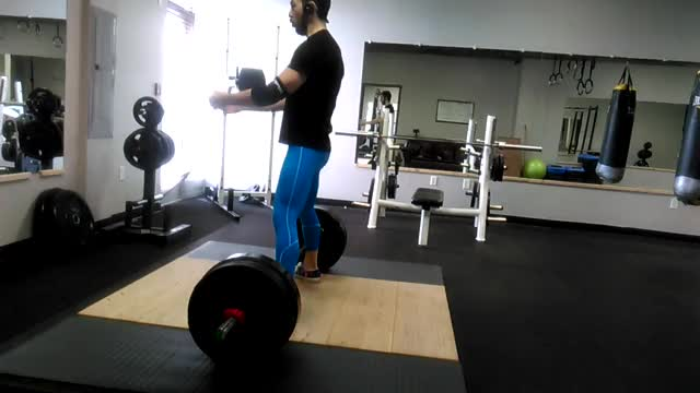Watch Sumo form check GIF on Gfycat. Discover more powerlifting GIFs on Gfycat