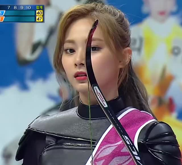 Watch and share Chaeyoung GIFs and Dahyun GIFs by masterfat on Gfycat