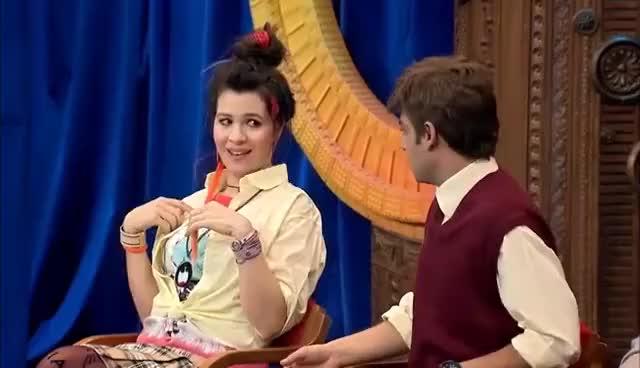 Güldür Güldür Show 100 Bölüm Tiki Kız Burcu Skeci Gif Find Make