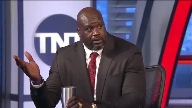 Watch shaq GIF on Gfycat. Discover more shaquille o'neal GIFs on Gfycat