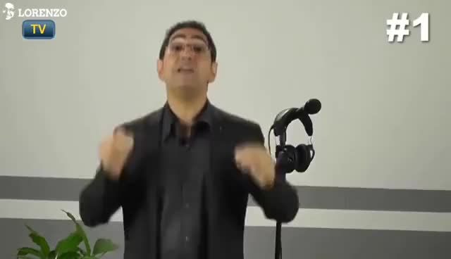 Watch and share COMMENT NE PLUS AVOIR PEUR DE PARLER EN PUBLIC - LORENZO TV GIFs on Gfycat
