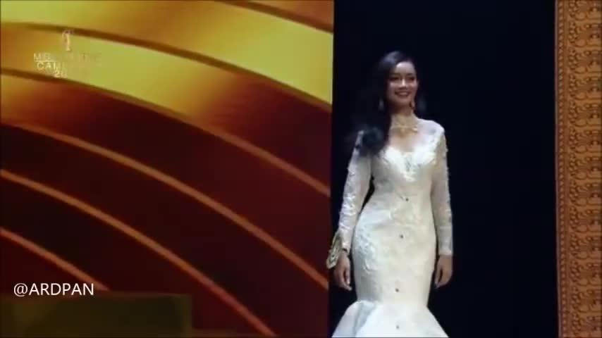 Lộ diện Công chúa láng giềng sẽ đối đầu Hoàng Thùy: Catwalk nhạt, thua xa cựu hoa hậu ảnh 3