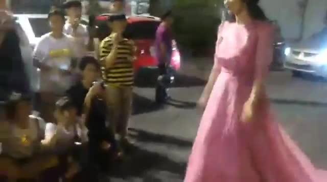 Đông Nhi  nữ ca sĩ tử tế của showbiz Việt