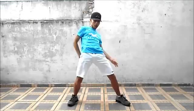 Watch Passinho do Romano Sarrada No Ar ( Fezinho Patatyy ) ( DJ Maligno ) ♪ ♫ GIF on Gfycat. Discover more related GIFs on Gfycat