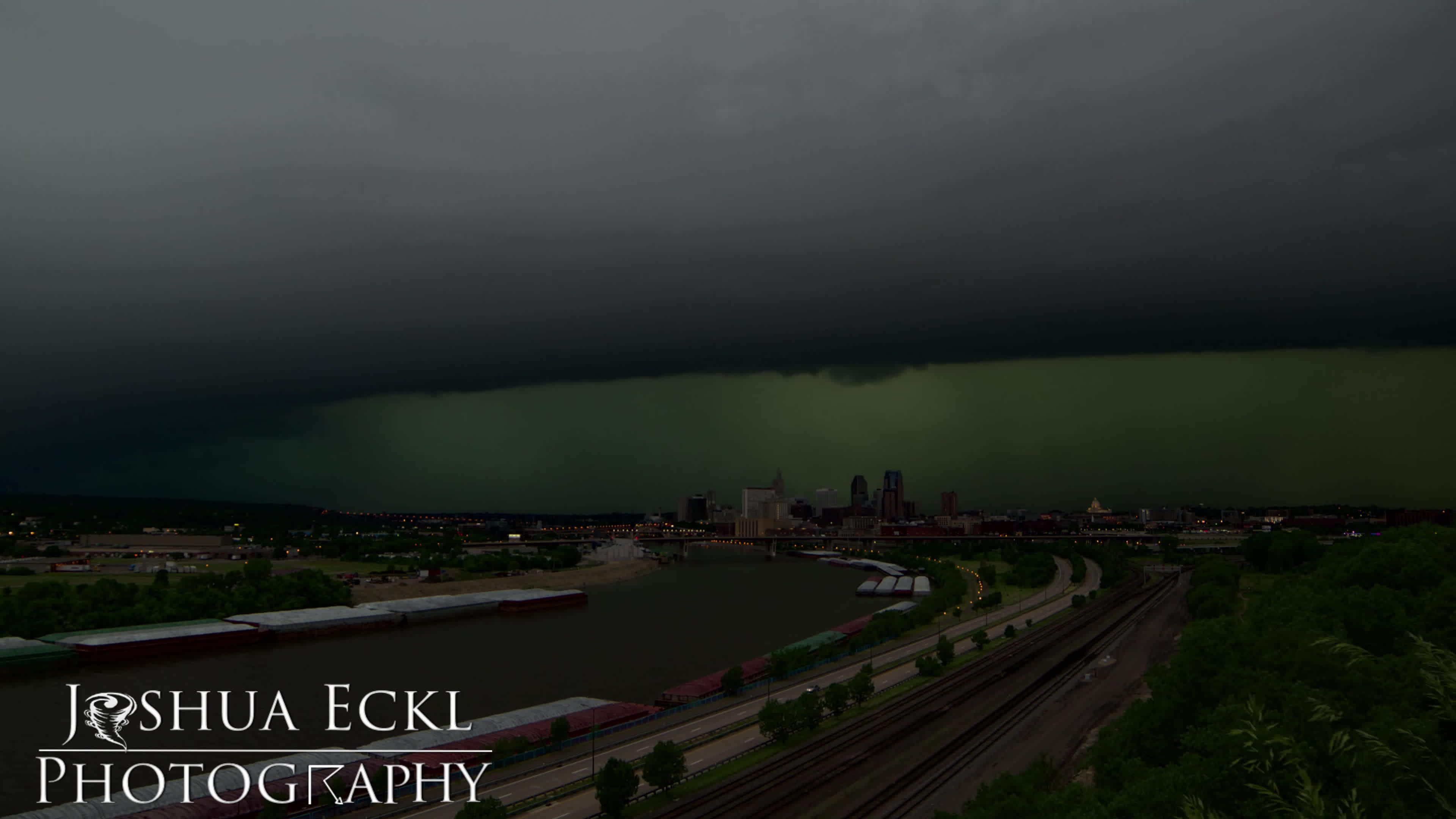 WeatherGifs, Time-Lapse of Storm Passing over St. Paul 6/11/2017 GIFs